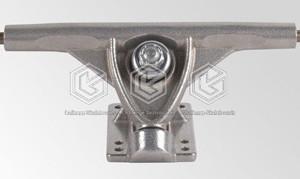 Black-Knight-Longboard-R180mm-trucks_3