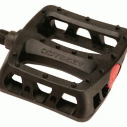 Odyssey-Twisted-Plastic-1I-2-pedals_1