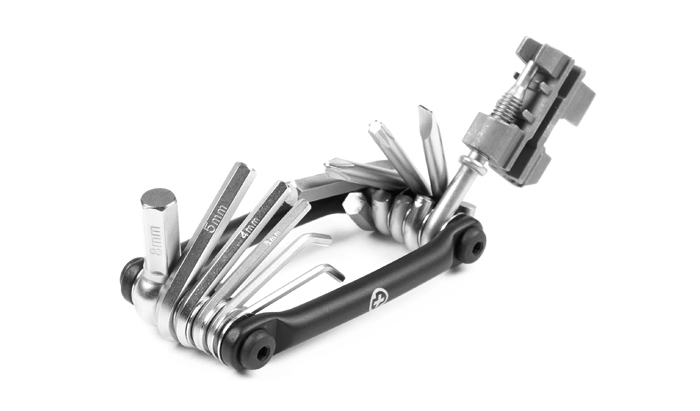 Salt_Plus_2015_Pro_Multitool_Folding_4